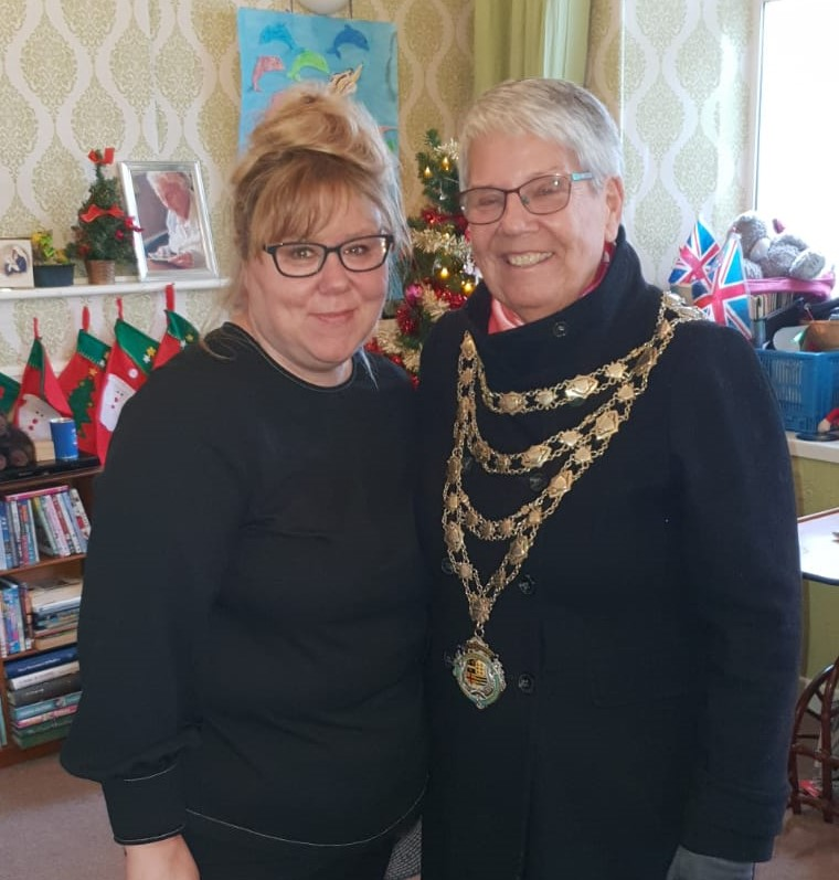 Ilfracombe Mayor visits Edenmore Nursing Home